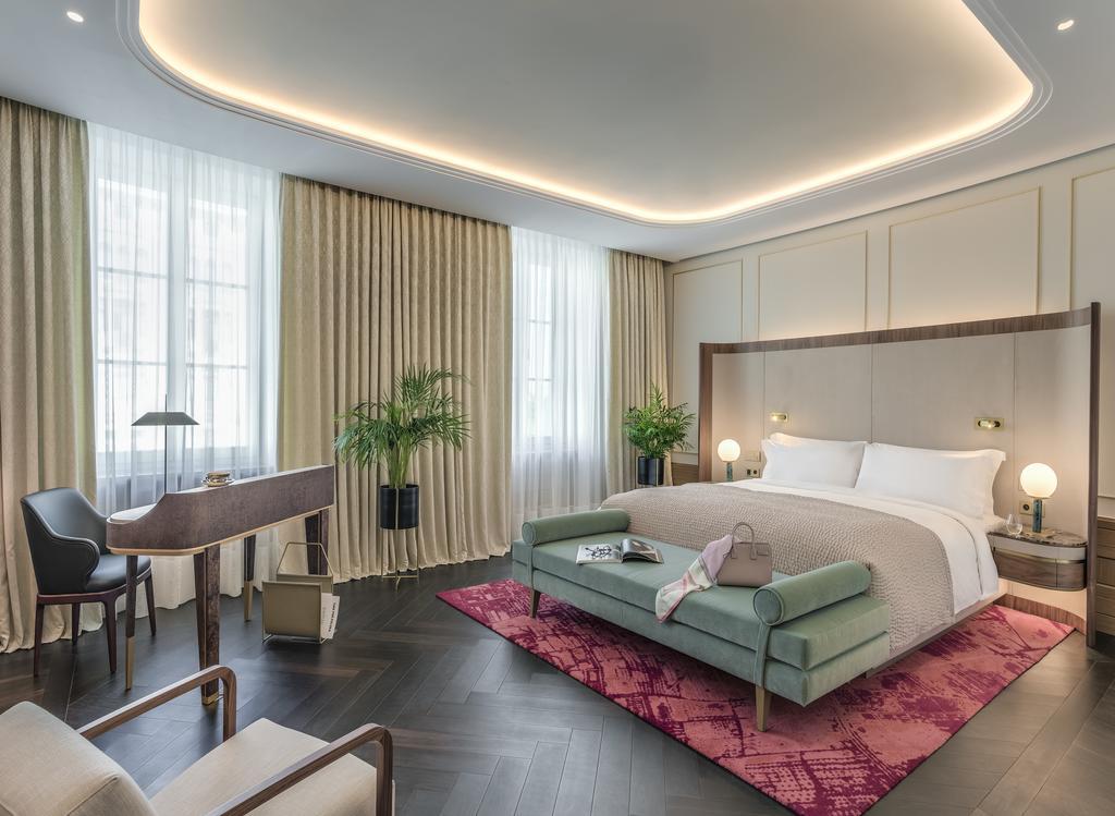 Raffles Hotel – Warsaw