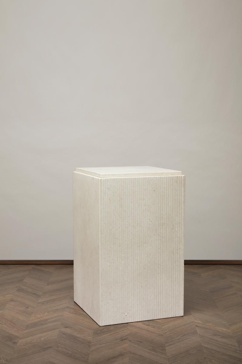 RJ Block – Athen Stone – Hög
