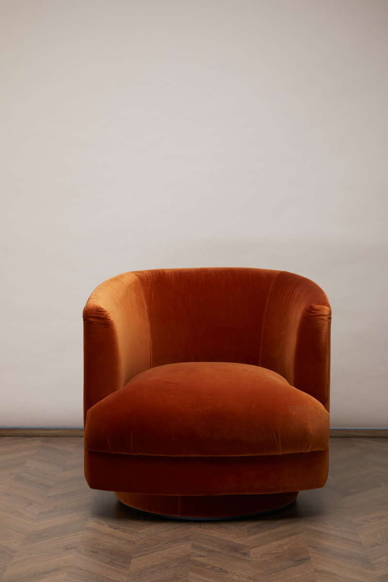 Cleo Swivel Chair – Retro Orange