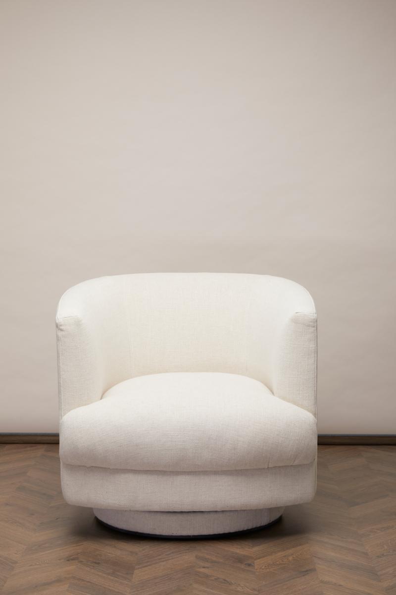 Cleo Swivel Fåtölj – Antique White Linne