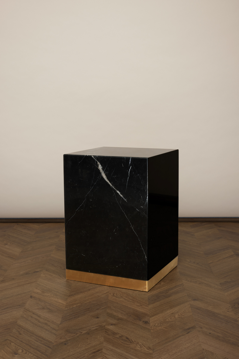 Quebec Side Table – Black Marquina Marble
