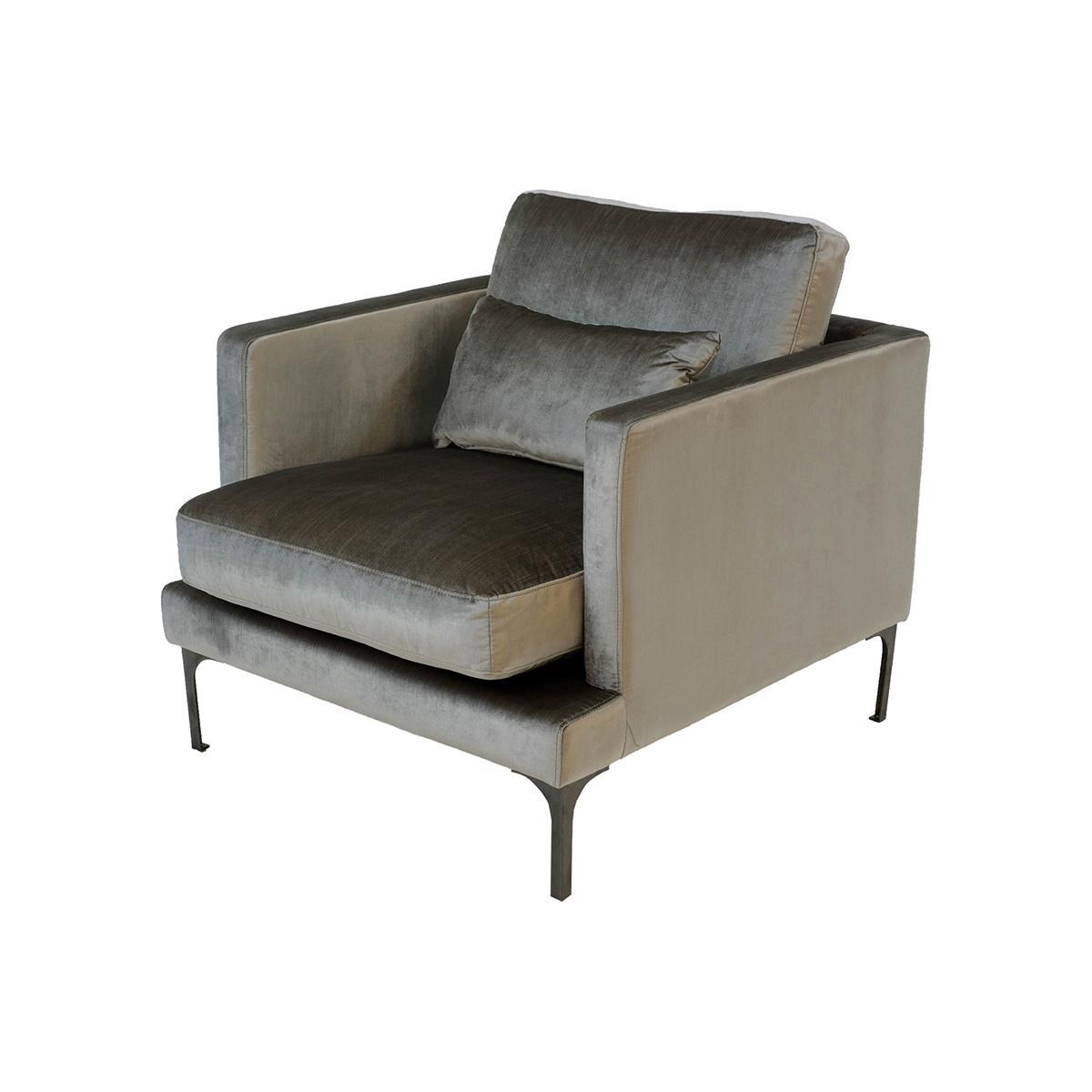 Bonham Armchair – Dorian Grey