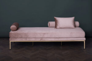 Delano Daybed – Rosewater